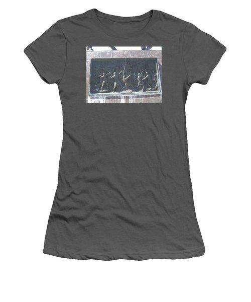 Sculpture Women's T-Shirt (Athletic Fit)