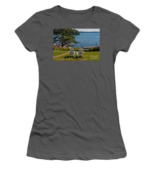 Sitting Pretty Women's T-Shirt (Athletic Fit)