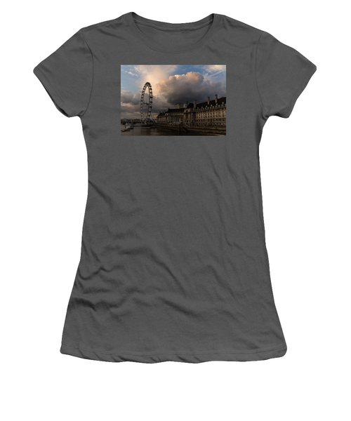 Sky Drama Around The London Eye Women's T-Shirt (Athletic Fit)
