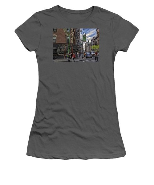 Spring And Mulberry - Street Scene - Nyc Women's T-Shirt (Athletic Fit)