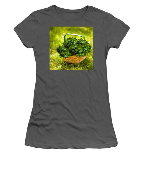 St Patricks Day Women's T-Shirt (Athletic Fit)