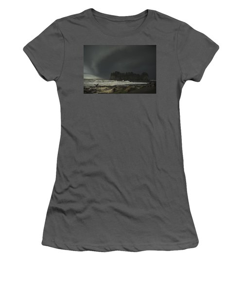Storm Is Coming North West Wa Women's T-Shirt (Athletic Fit)
