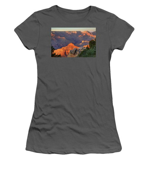 Women's T-Shirt (Junior Cut) featuring the photograph Sunset At Yaki Point by Alan Vance Ley