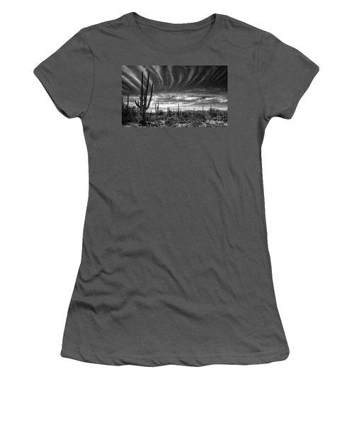 The Desert In Black And White Women's T-Shirt (Junior Cut) by Saija  Lehtonen
