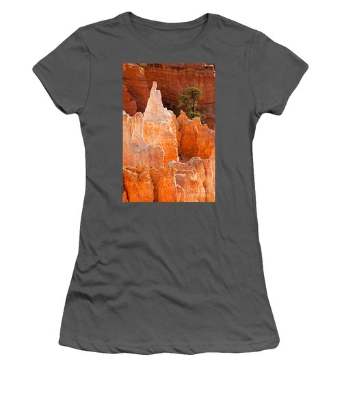 The Pope Sunrise Point Bryce Canyon National Park Women's T-Shirt (Athletic Fit)