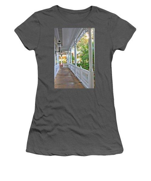 The Promenade Women's T-Shirt (Athletic Fit)