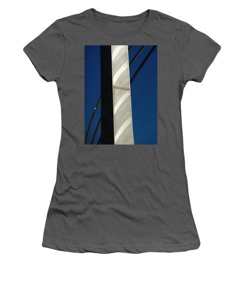The Sail Sculpture  Women's T-Shirt (Athletic Fit)