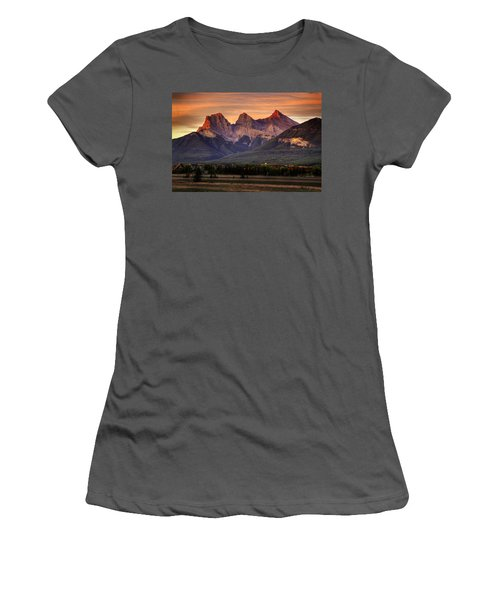 The Three Sisters Canmore Women's T-Shirt (Athletic Fit)