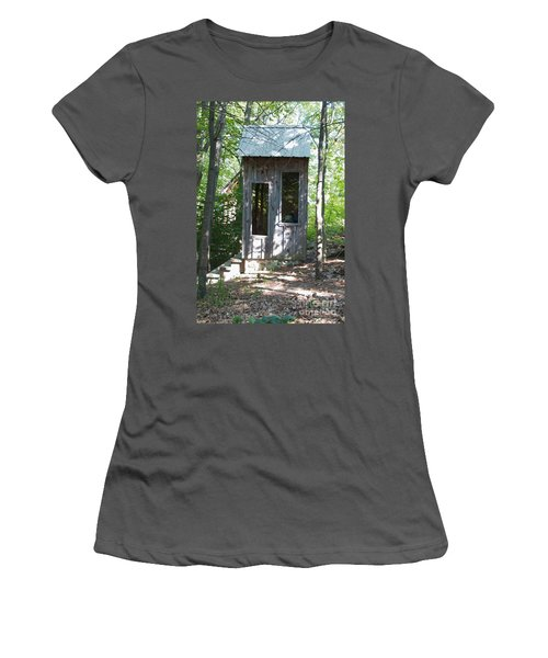 Throne With A View Women's T-Shirt (Athletic Fit)