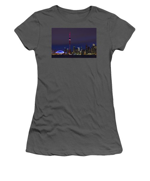 Toronto Skyline Women's T-Shirt (Junior Cut) by Tony Beck