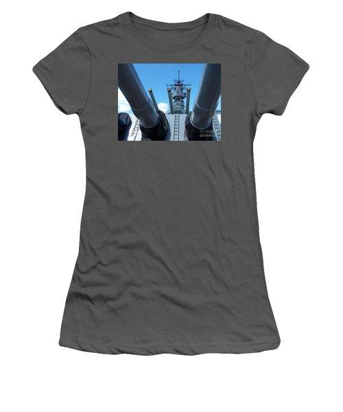 Usa Strength Uss Missouri Women's T-Shirt (Athletic Fit)