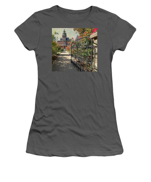 Vaile Landscape And Gate Women's T-Shirt (Athletic Fit)