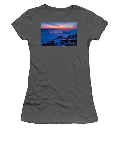 Washington Oaks Twilight Women's T-Shirt (Athletic Fit)
