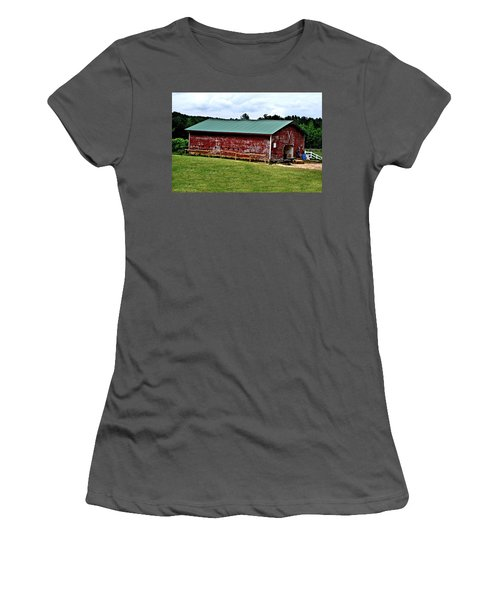 Westminster Stable Women's T-Shirt (Athletic Fit)