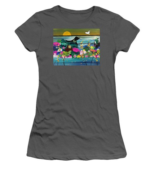 Black Birds Women's T-Shirt (Athletic Fit)