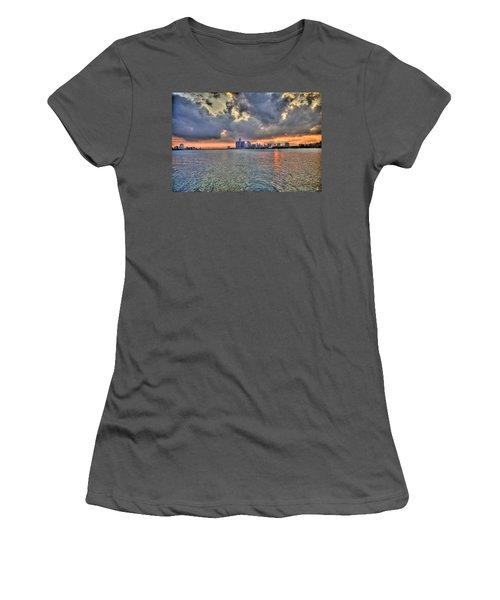 Detroit Sunset  Women's T-Shirt (Athletic Fit)