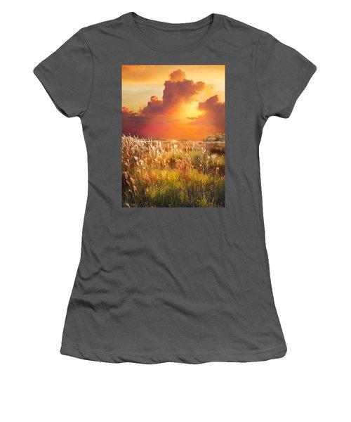 Tropical Savannah Women's T-Shirt (Athletic Fit)