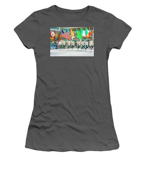 St. Patrick Day Parade In New York Women's T-Shirt (Athletic Fit)