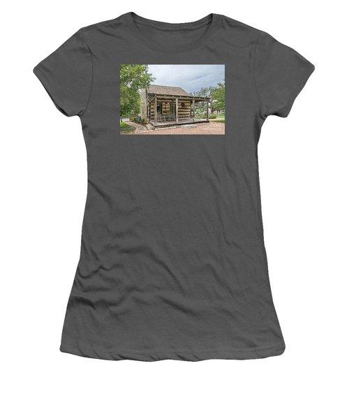 Town Creek Log Cabin Women's T-Shirt (Athletic Fit)