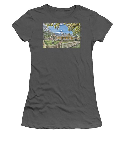 Victorian Sunday House Women's T-Shirt (Athletic Fit)