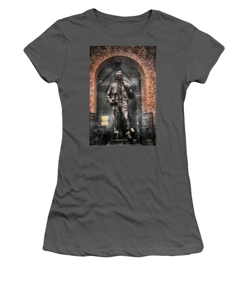 10726 Kinnick Statue Women's T-Shirt (Athletic Fit)