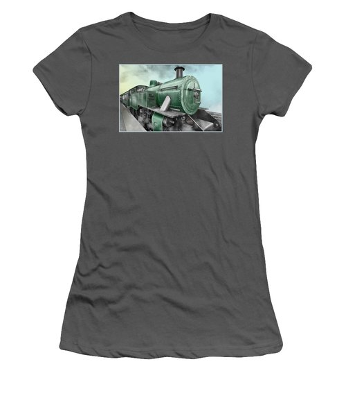 1940's Steam Train Women's T-Shirt (Athletic Fit)