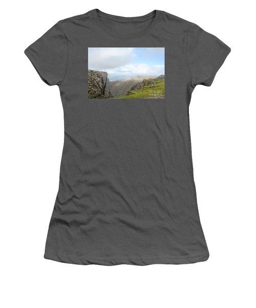 Ben Nevis Women's T-Shirt (Junior Cut) by David Grant