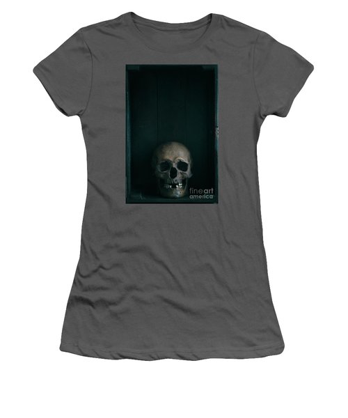 Human Skull Women's T-Shirt (Athletic Fit)