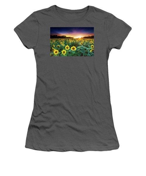 3 Suns Women's T-Shirt (Athletic Fit)