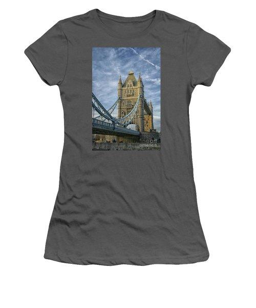 Tower Bridge London Women's T-Shirt (Junior Cut) by Patricia Hofmeester