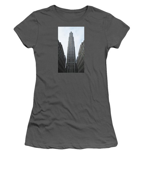 30 Rockefeller Center Women's T-Shirt (Athletic Fit)