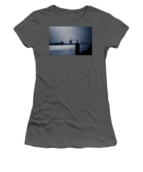 A Nice View Women's T-Shirt (Athletic Fit)