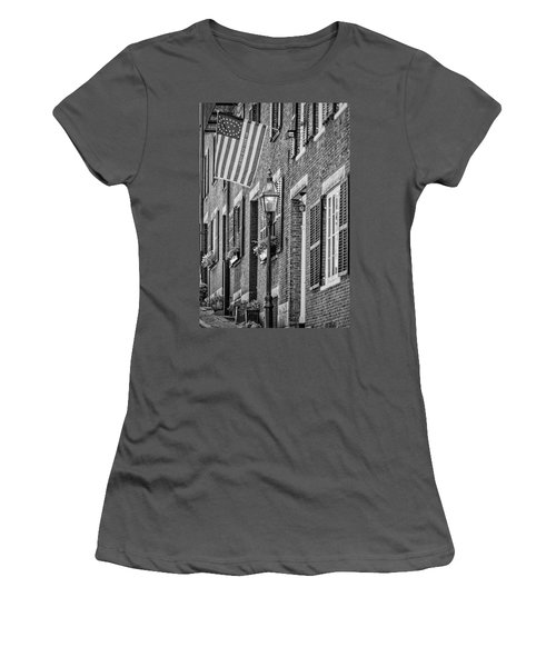 Acorn Street Details Bw Women's T-Shirt (Athletic Fit)