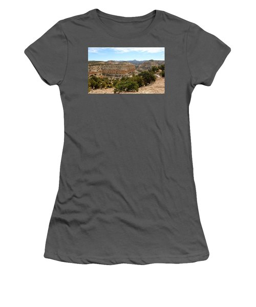 Across Utah  Women's T-Shirt (Athletic Fit)