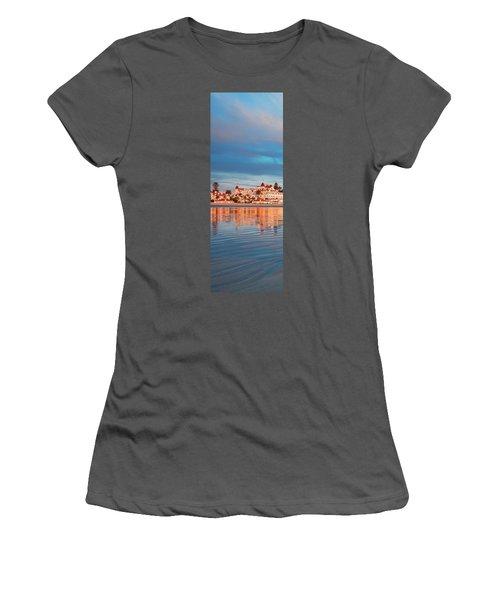 Afloat Panel 2 20x Women's T-Shirt (Athletic Fit)