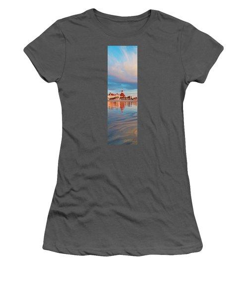 Afloat Panel 3 24x Women's T-Shirt (Athletic Fit)