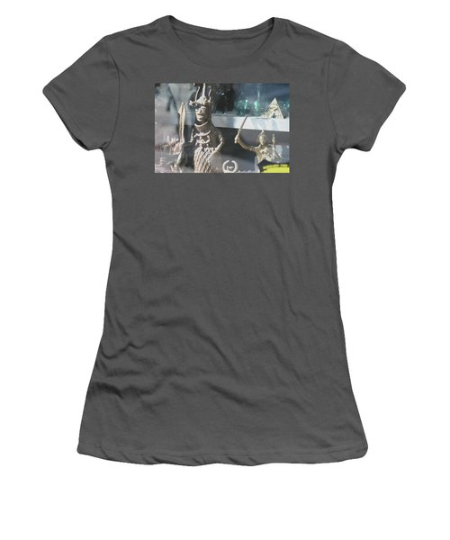 African Warrior Figurine Women's T-Shirt (Athletic Fit)