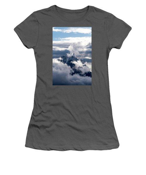 Amazing Grand Teton National Park Women's T-Shirt (Athletic Fit)