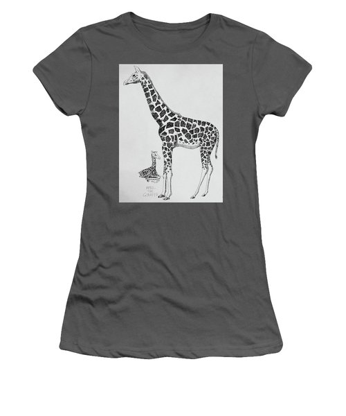 April The Giraffe Women's T-Shirt (Athletic Fit)