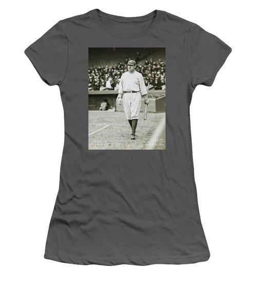 Babe Ruth Going To Bat Women's T-Shirt (Athletic Fit)