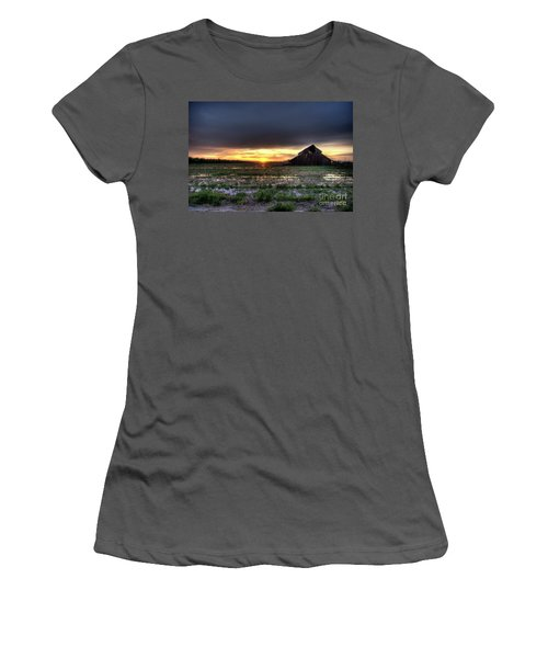 Barn Sunrise Women's T-Shirt (Junior Cut) by Jim And Emily Bush