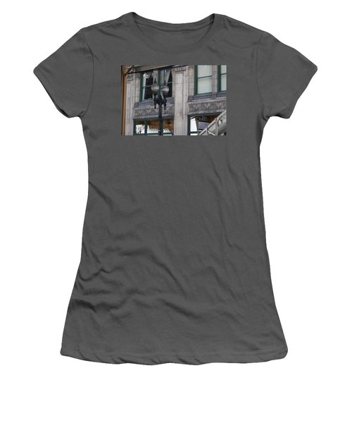 Beautiful Chicago Gothic Grunge Women's T-Shirt (Athletic Fit)