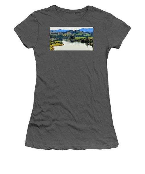 Beautiful Manning River 06663. Women's T-Shirt (Athletic Fit)