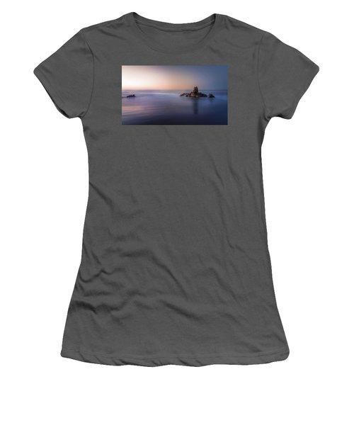 Big Corona Rock Women's T-Shirt (Athletic Fit)