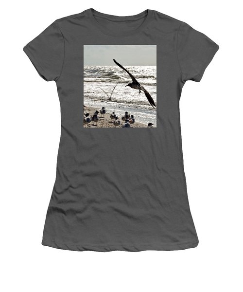 Birds World Women's T-Shirt (Athletic Fit)