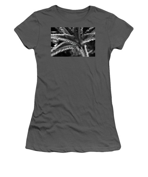 Black And White Palm Abstract 3624 Bw_2 Women's T-Shirt (Athletic Fit)