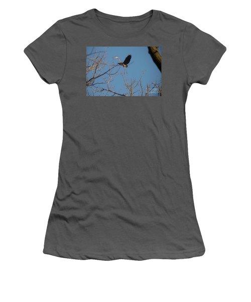 Women's T-Shirt (Junior Cut) featuring the photograph Blue Heron Landing by David Bearden