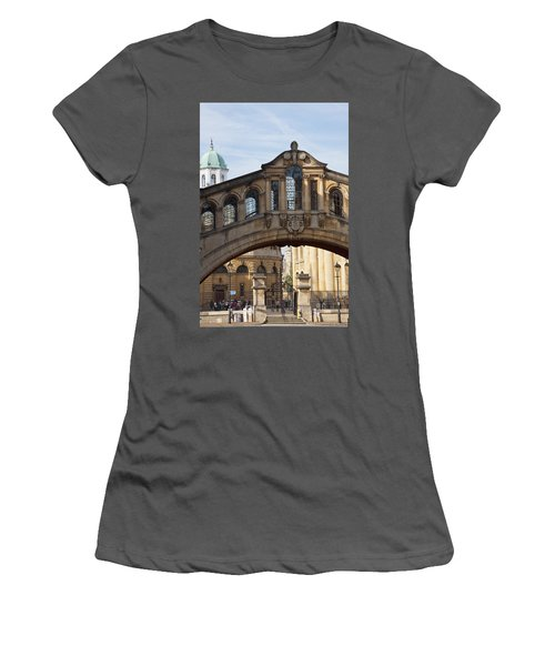 Bridge Of Sighs Oxford Women's T-Shirt (Athletic Fit)