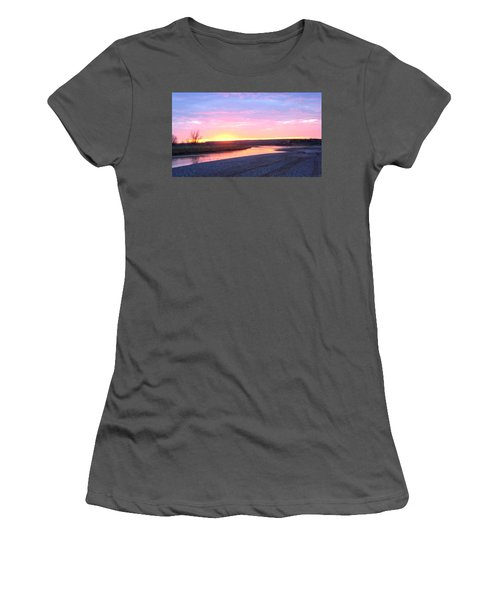 Canadian River Sunset Women's T-Shirt (Athletic Fit)