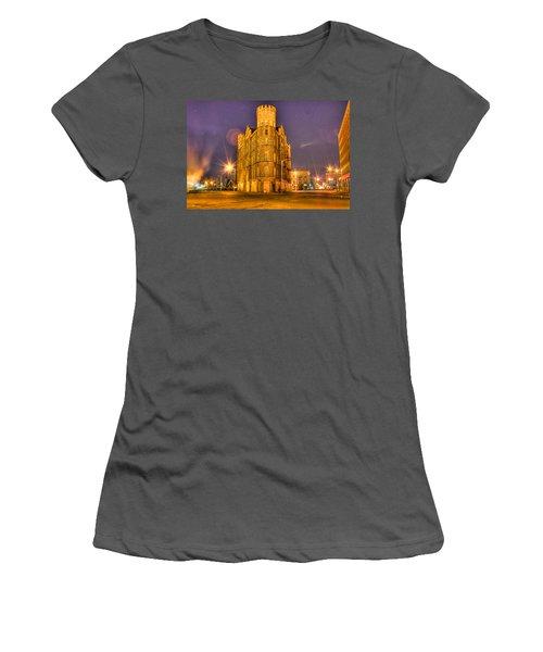 Cass Castle Detroit Mi Women's T-Shirt (Athletic Fit)
